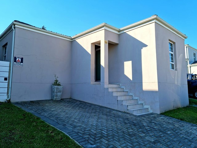 Nahoon Valley Park Townhouse For Sale
