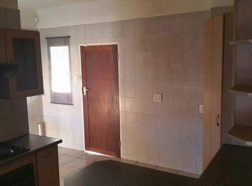 3 Bedroom Townhouse for Sale in Gholfsig