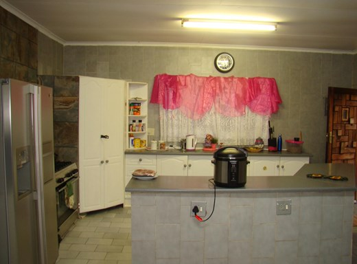 3 Bedroom House for Sale in Central