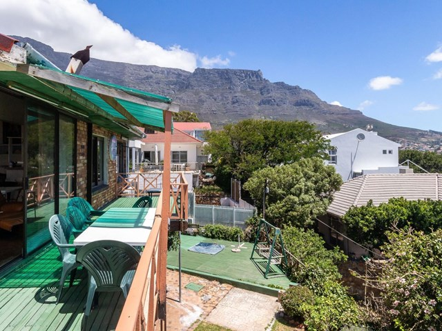 Vredehoek House For Sale