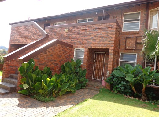 2 Bedroom Townhouse for Sale in Bassonia
