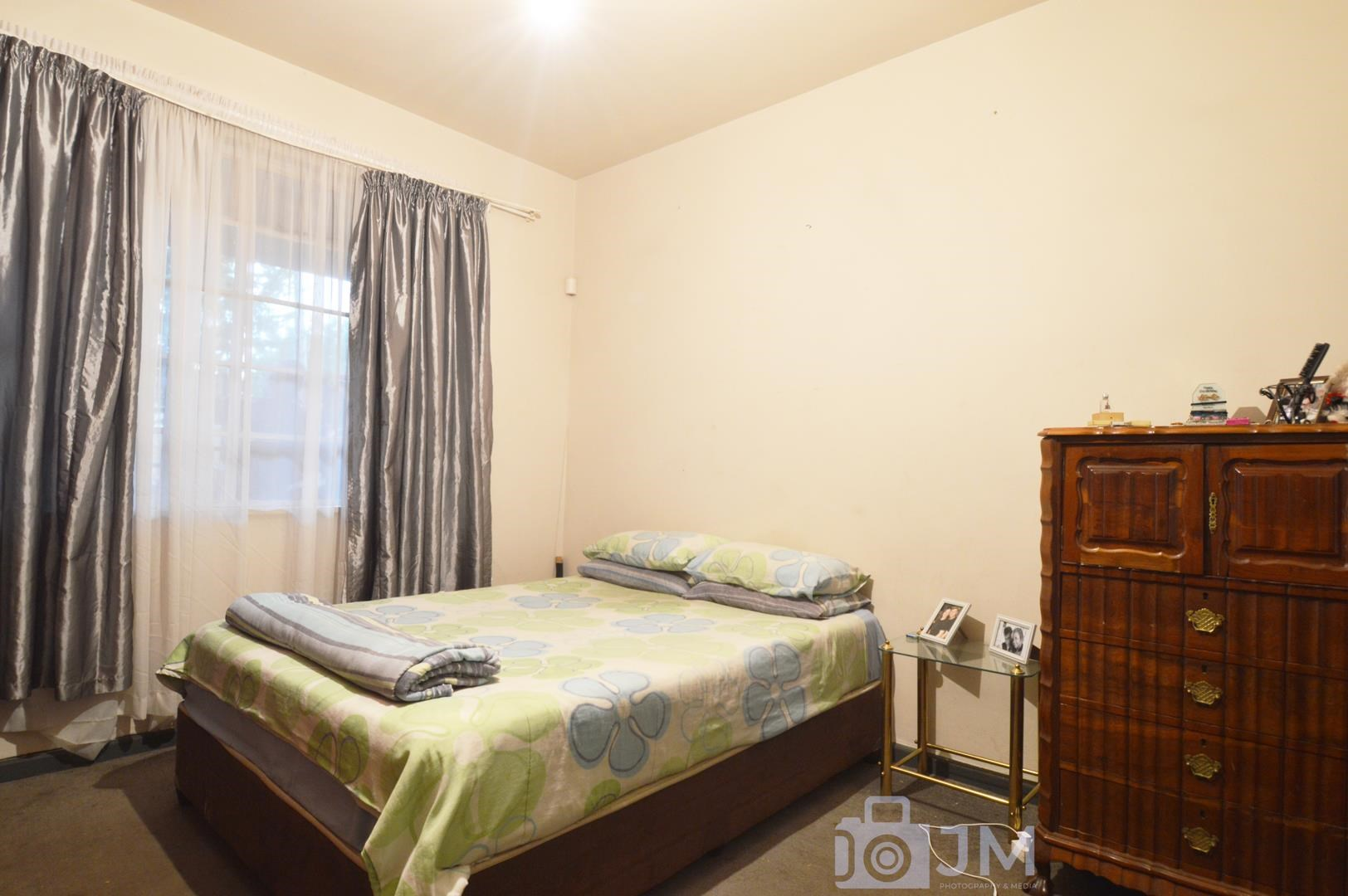 1 Bedroom Townhouse for Sale in Forest Hill