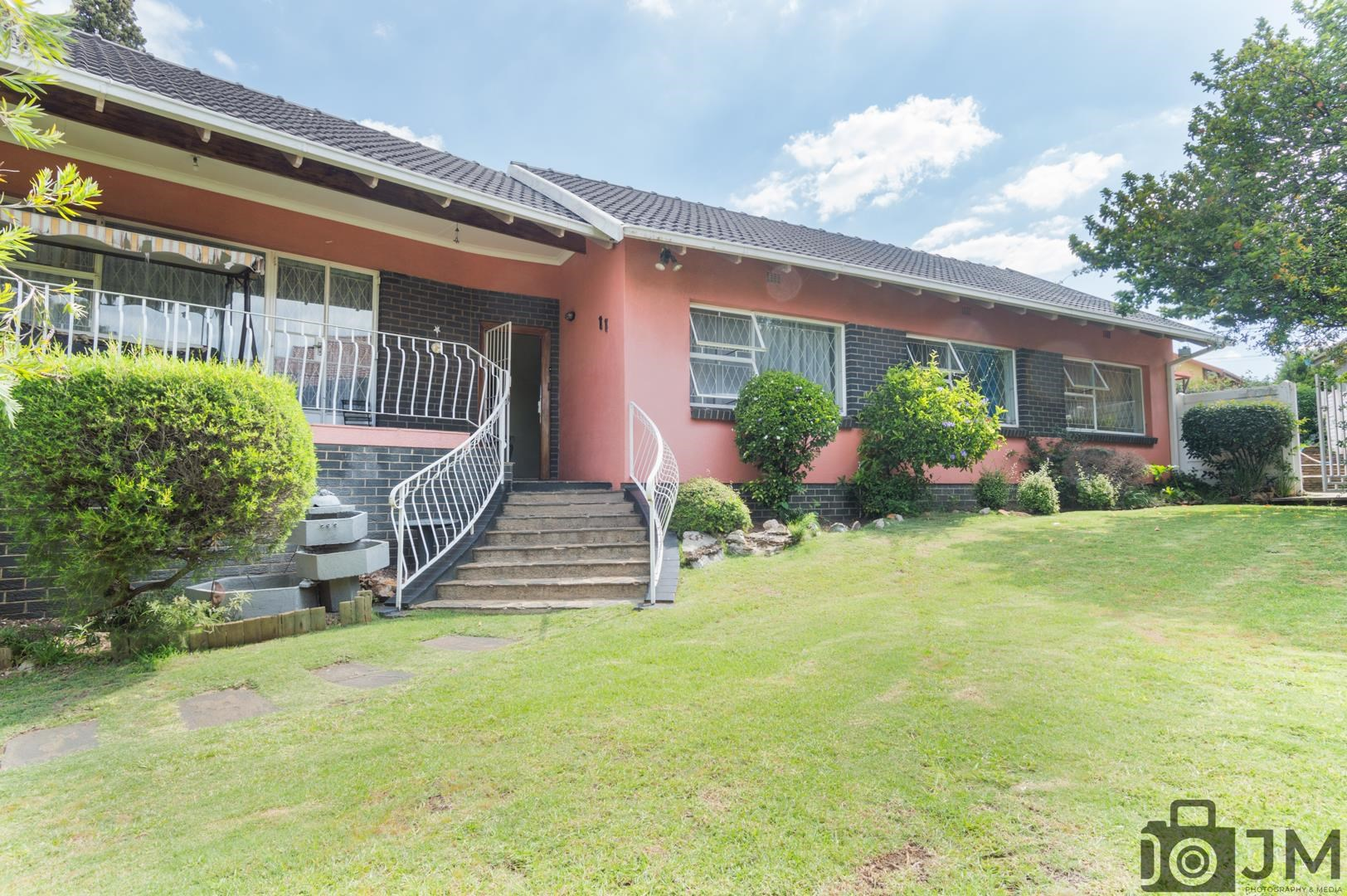 4 Bedroom House for Sale in Gillview
