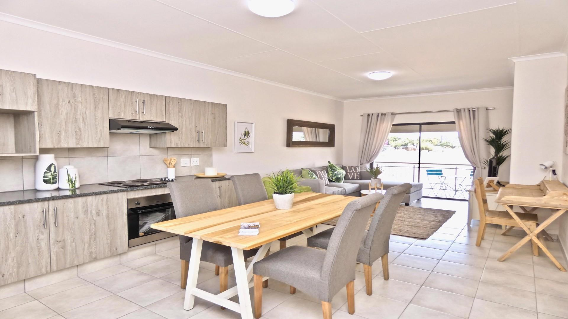 2 Bedroom Simplex for Sale in Brentwood Park