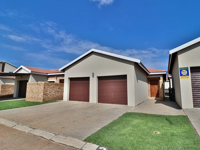 Brentwood Park Simplex For Sale