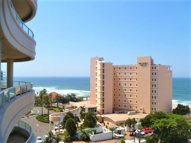 2 Bedroom Apartment for Sale in Umhlanga Rocks