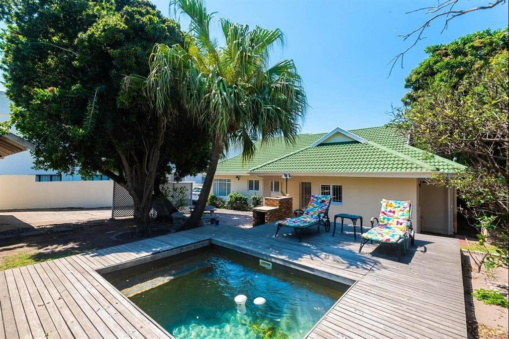 4 Bedroom House for Sale in Compensation Beach