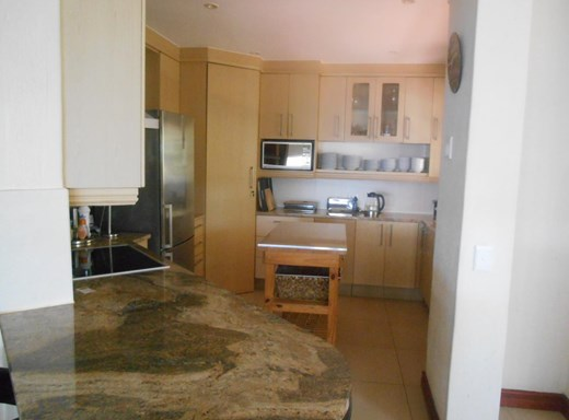 4 Bedroom Apartment to Rent in Ballito Central