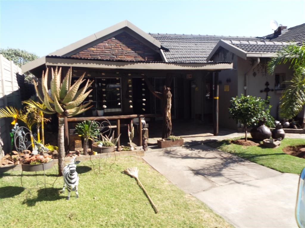 7 Bedroom House for Sale in Witbank