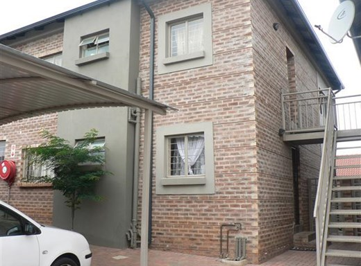 2 Bedroom Flat for Sale in Witbank Central