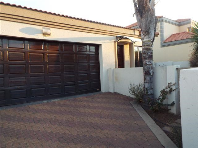 3 Bedroom House for Sale in Reyno Ridge