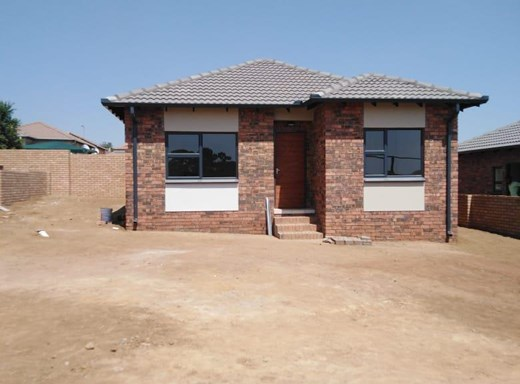 2 Bedroom Townhouse for Sale in Duvha Park
