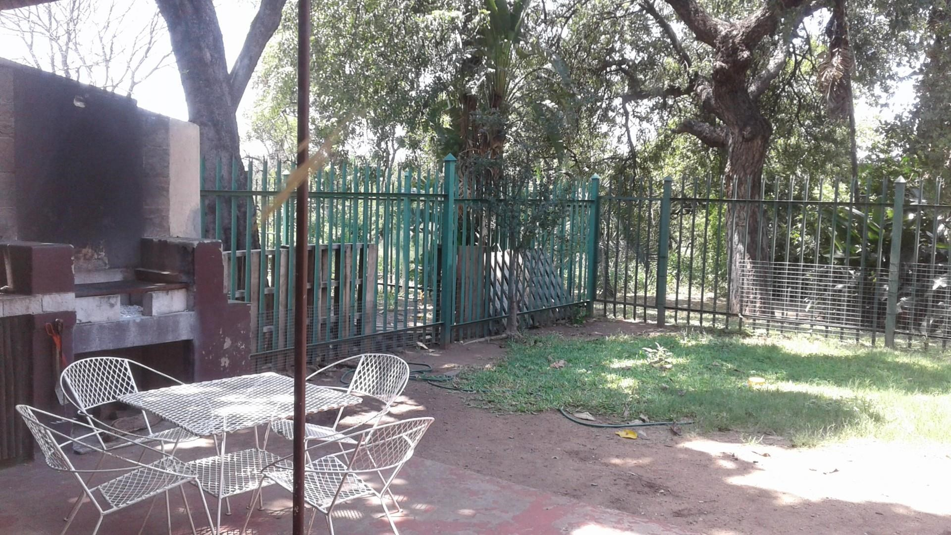 3 Bedroom Apartment for Sale in Phalaborwa