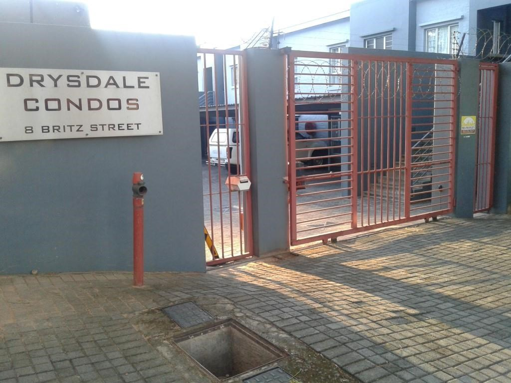2 Bedroom Apartment for Sale in Nelspruit Central