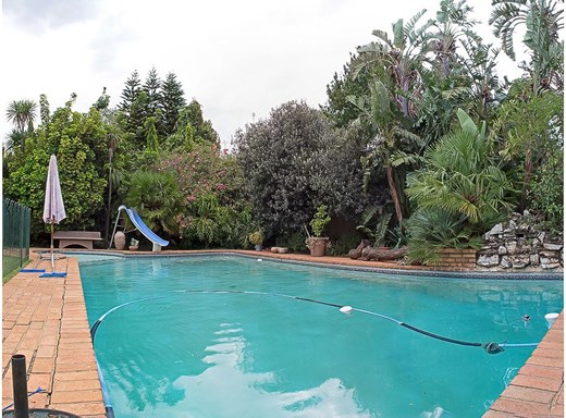 4 Bedroom House for Sale in Linksfield