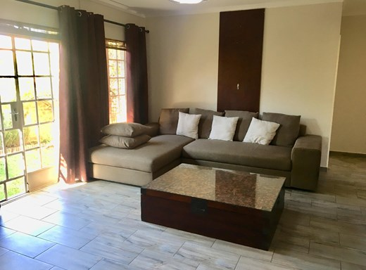 2 Bedroom Simplex for Sale in Greenstone Hill