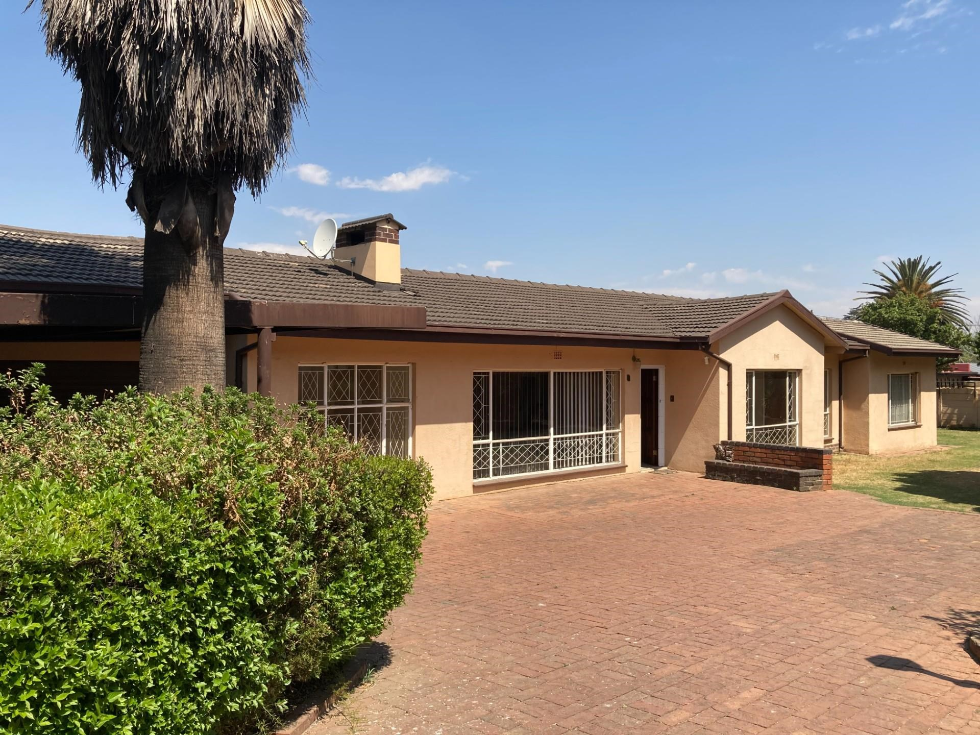 4 Bedroom House for Sale in Eastleigh