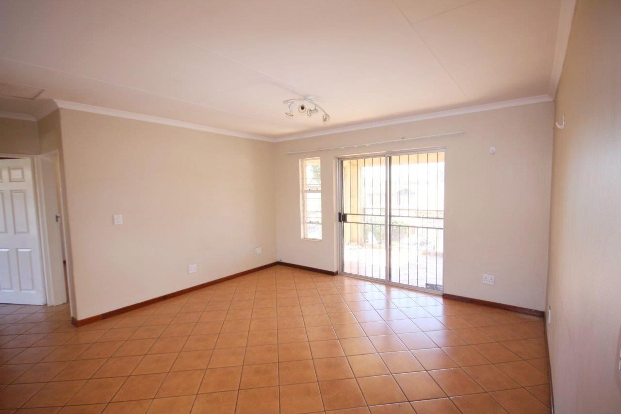 2 Bedroom Townhouse for Sale in Denneoord