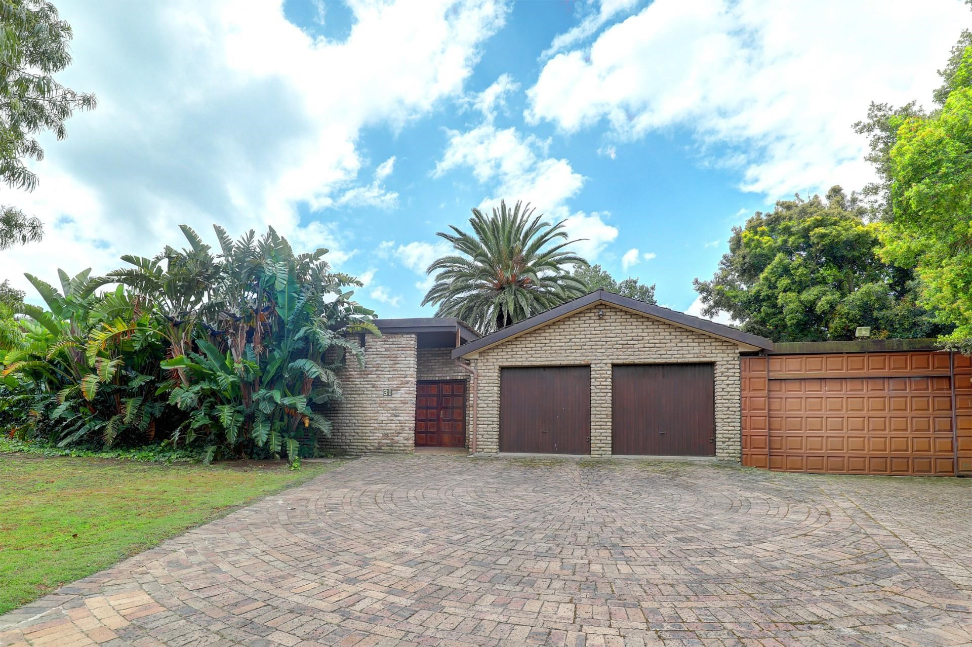 4 Bedroom House for Sale in Valmary Park