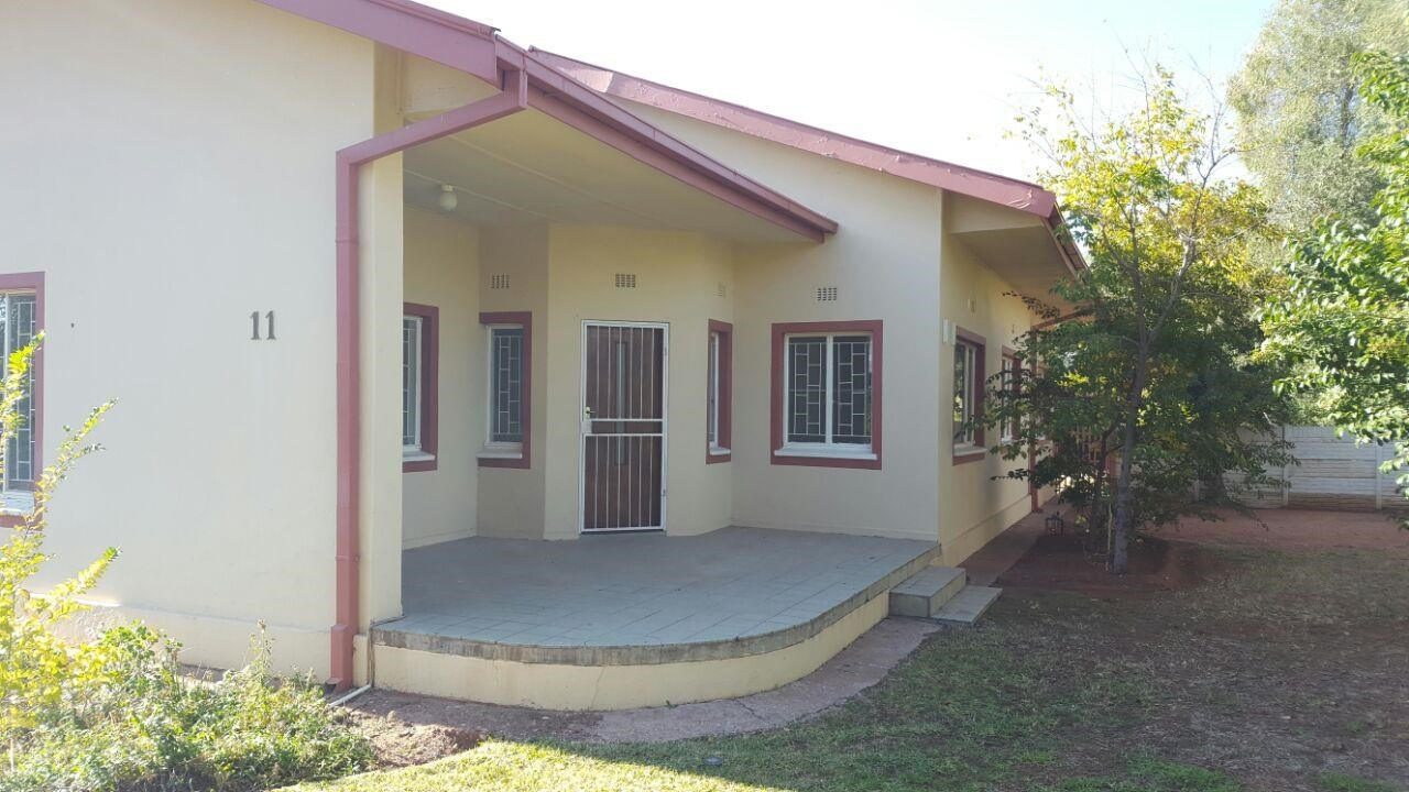 4 Bedroom House for Sale in Die Rand