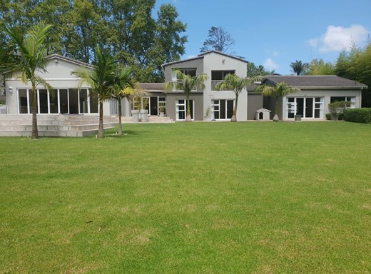 5 Bedroom House for Sale in Heatherlands