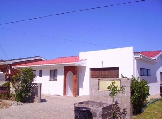 3 Bedroom House for Sale in Port Nolloth