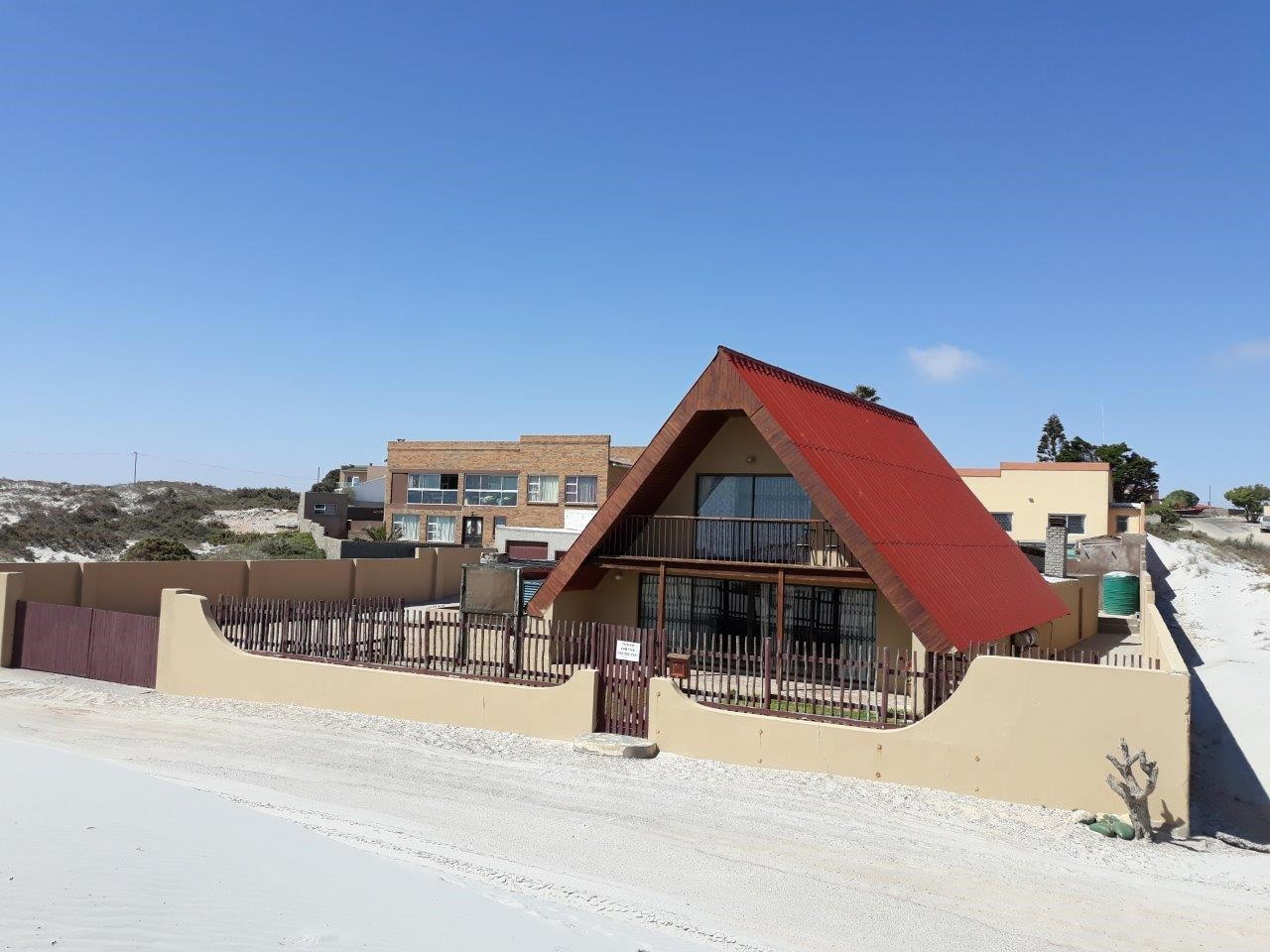 7 Bedroom House for Sale in Port Nolloth