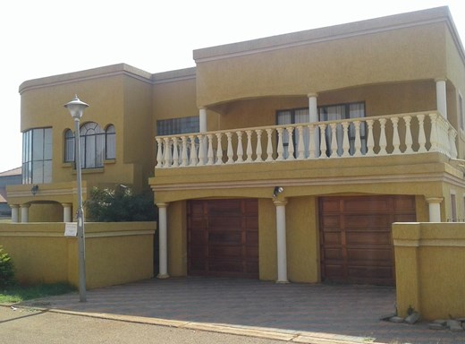 4 Bedroom House for Sale in Clarina