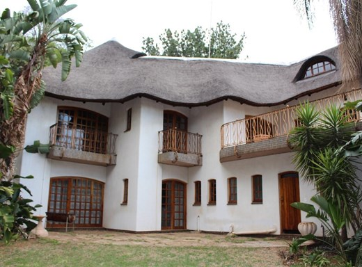 6 Bedroom House for Sale in Queenswood