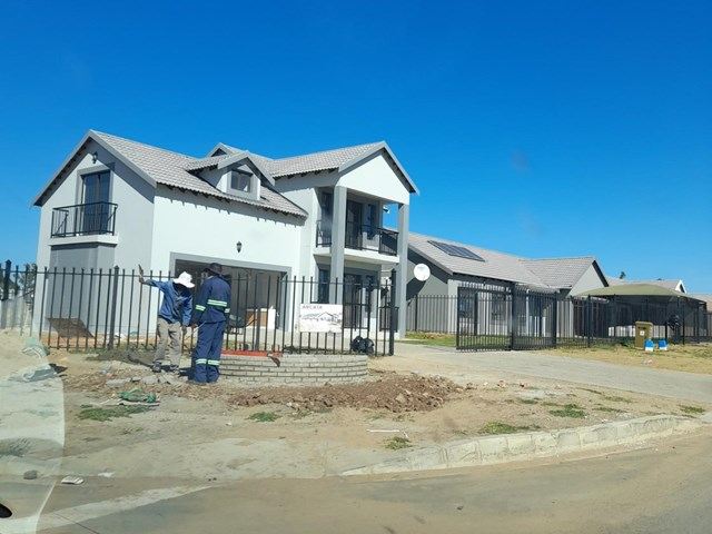 Heidedal Vacant Land For Sale