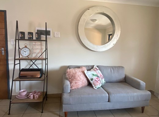 2 Bedroom Apartment to Rent in Kibler Park