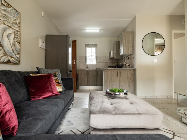 Alrode South Flat To Rent