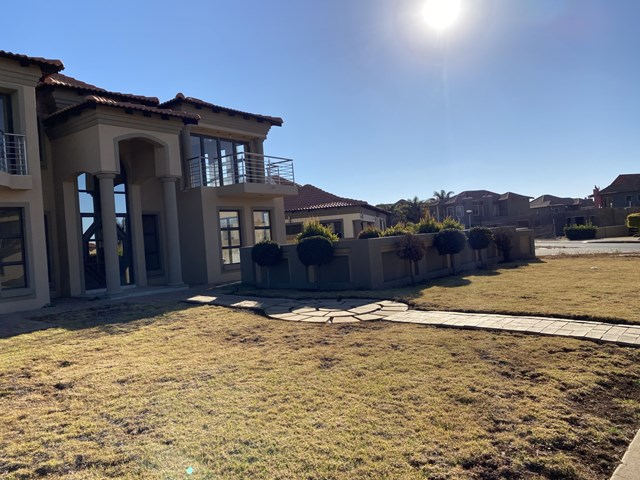 Savannah Country Estate House For Sale
