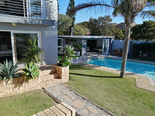 Humewood House For Sale