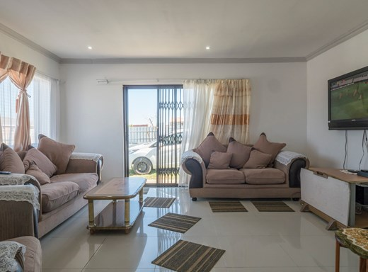 3 Bedroom House for Sale in Parsons Ridge