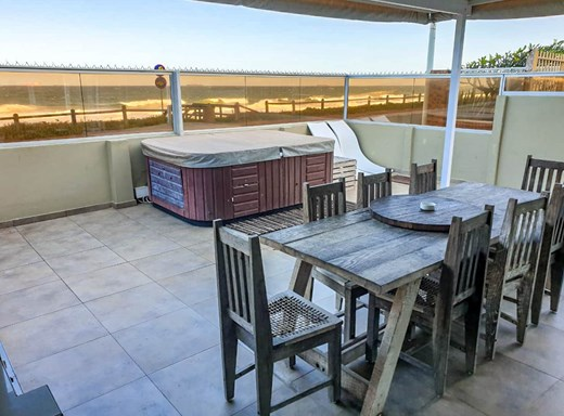 3 Bedroom Apartment for Sale in Umdloti Beach