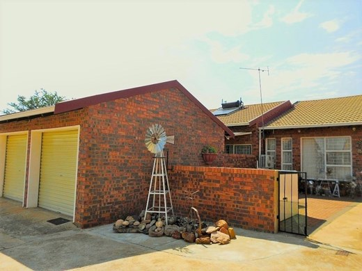 3 Bedroom Townhouse for Sale in Parys