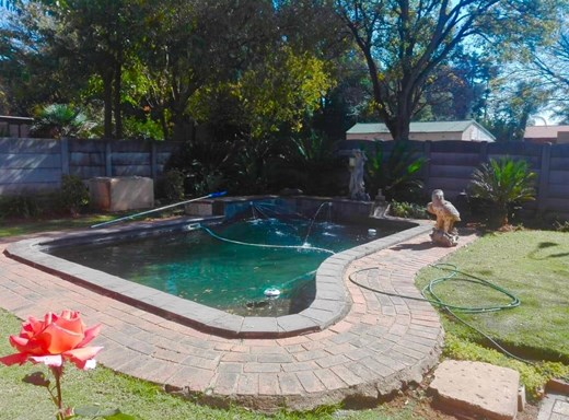 4 Bedroom House for Sale in Beyers Park