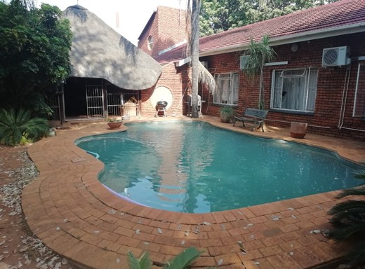 3 Bedroom House for Sale in Chroompark