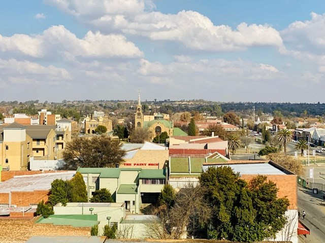 Kroonstad Apartment For Sale