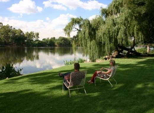 7 Bedroom Small Holding for Sale in Vaal River