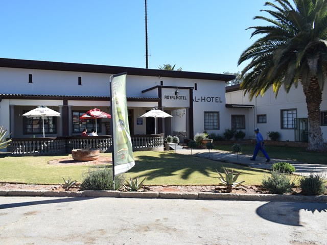 Willowmore House For Sale