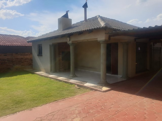 Mamelodi East House For Sale