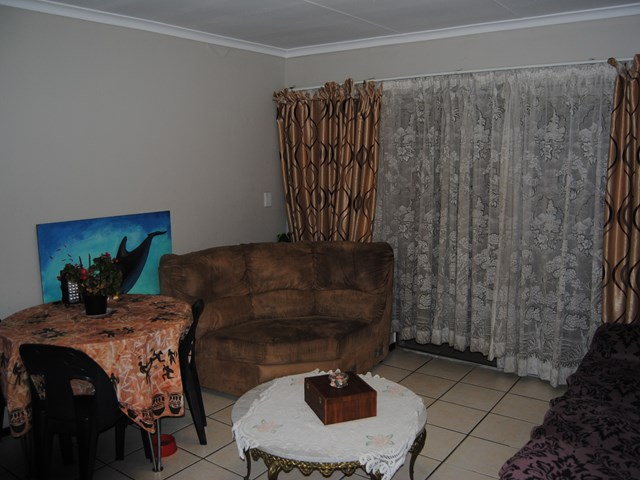 Parkrand Townhouse For Sale