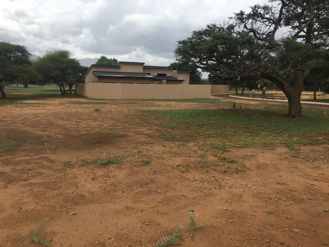 Vacant Land for Sale in Chroompark