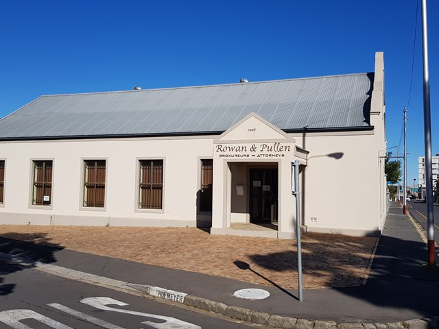 Strand South Office For Sale