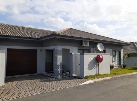 3 Bedroom Townhouse for Sale in Palm Lakes Estate