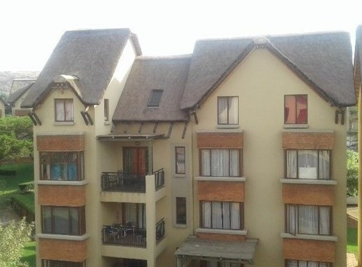 2 Bedroom Apartment for Sale in Montana Tuine