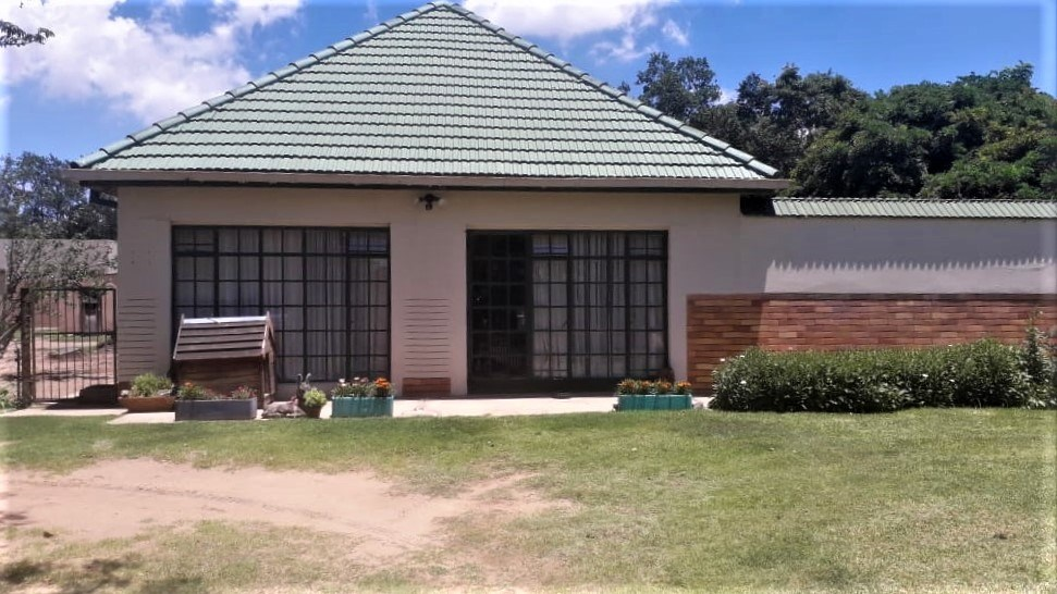 2 Bedroom House for Sale in Senekal