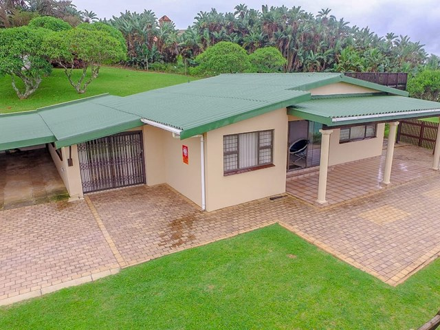 Umzumbe Townhouse For Sale